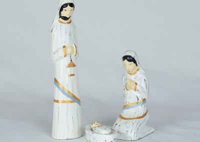 Prayerful albizia wood nativity made in Indonesia. Set of 3